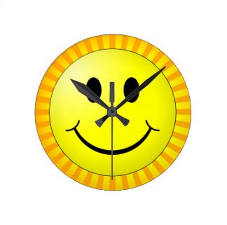 horloge_souriante_avec_des_rayons_du_soleil_horloge_murale-raac4c8f0656d45f9a5143d67d029cc17_fup1s_8byvr_324